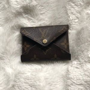 AUTHENTIC Louis Vuitton Small Kirigami Pouch